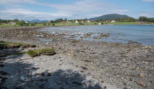 Breivika på Foldøy er nesten helt tørr 28. juni 2018